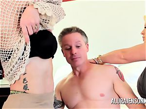 Alura Jenson mummy threesome pound with Brandi May