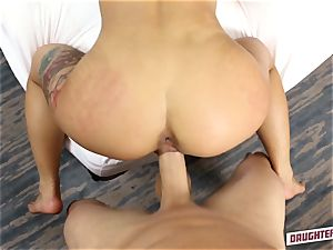 Gina Valentina and Kobi Brian interchange up their daddies