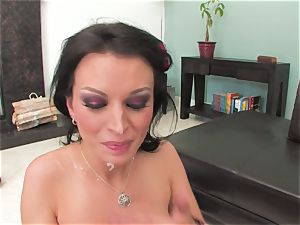 Bailey Brooks gets pulverized firm and facialed in spunk