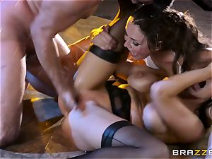 pole dancing honies Romi Rain ad Allie Haze fuck a warm punter