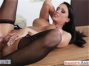 tastey Jessica Jaymes has a gash prepared for a drill