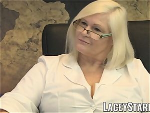 LACEYSTARR - GILF munches Pascal white cum after hookup