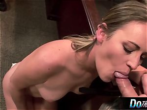 super-fucking-hot wifey Daisy Layne humps and munches jism