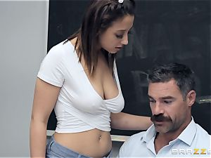 Marilyn mansion pummeling the tutor