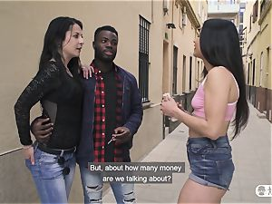 LAS FOLLADORAS - bi-racial penetrate with Spanish porn industry star