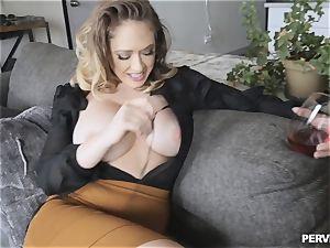 Stepmom Kagney Linn Karter antsy for sonnies enormous dick