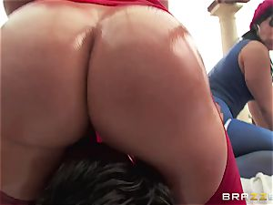 anal hump with trio super-naughty phat butt whores Krissy Lynn, Nikki Delano and Rose Monroe