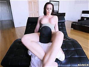 What the plow! My girlfriend's ultra-kinky mommy is taking my wood!