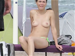 bare-chested first-timer cougars - hidden cam Beach Close-Up