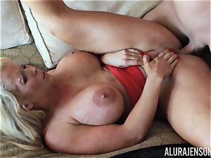 Alura Jenson plunged rigid in her MILFY snatch