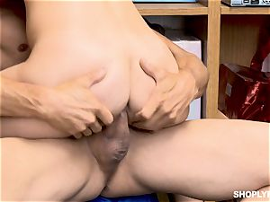 Gina Valentina and her stepsis plowed by mallcop