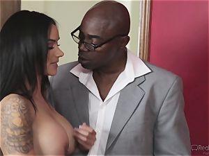 wild wife Nadia Styles gets bi-racial penetrating