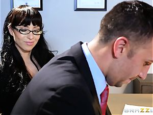 Jessica Jaymes drools over a lawyers yam-sized wood