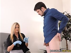 India Summers pokes Davin King's bbc - cheating Sessions