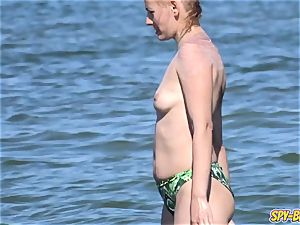giant titties first-timer Beach mummies - voyeur Beach movie