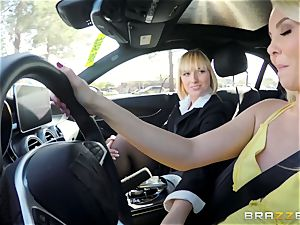 Aaliyah love and Kate England slit trib and climax