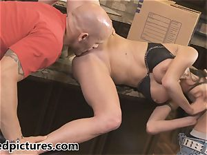 Veronica Avluv gets her revenge with a sizzling three-way