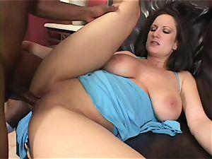 Randy Stephanie Wylde gets her humid vagina pummelled