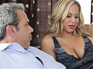 super-hot towheaded wifey Olivia Austin The Key Sn 4