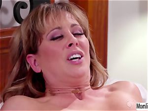 Cherie DeVille and Scarlett Sage bedtime romp and climax