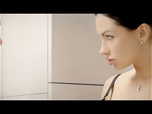 THE milky BOXXX - FFM 3some with Russian Sasha Rose