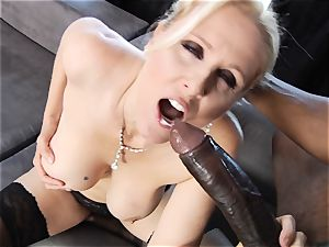interracial drilling for cougar Julia Ann