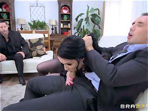 scorching booty dark haired Veruca James ravaged in her cornhole