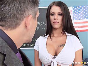 messy college girl Peta Jensen nails the lucky dean